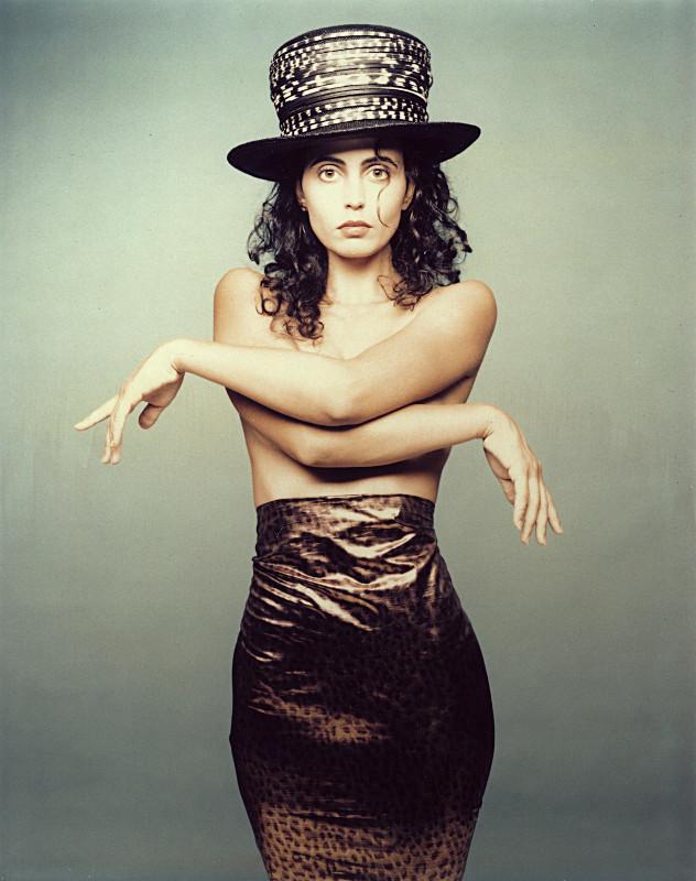 Milva with high Hat, 1991