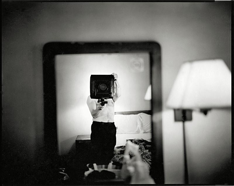 Selbstportrait with 8x10, 2000